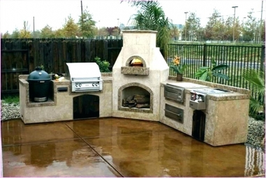 Outdoor Living, Outdoor Kitchens, Custom Grills, Custom Masonry